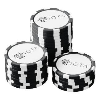 Lados blancos y negros de las fichas de póker de
