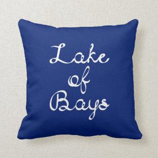 Lago de la almohada de las bahías