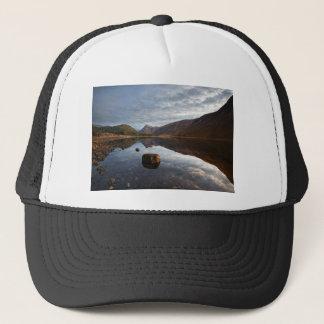 Lago Etive. Glencoe en las montañas escocesas Gorra De Camionero