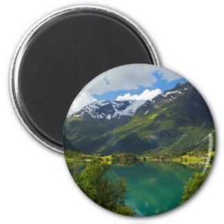 Lago Floen escénico, Noruega Imán