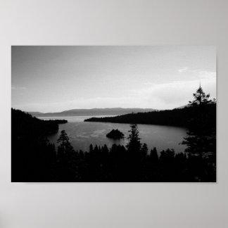 Lago gris póster