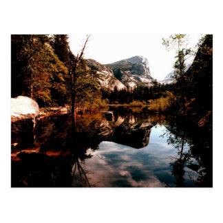 Lago mirror, parque nacional de Yosemite Postal