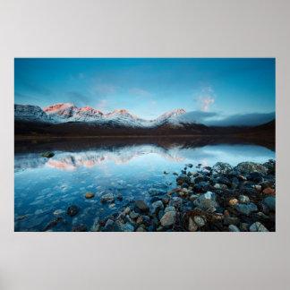 Lago Slapin, isla de Skye, Escocia Póster