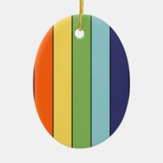Lápices del arco iris adorno ovalado de cerámica
