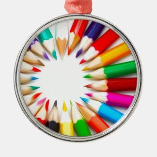 Lápices del color adorno redondo plateado
