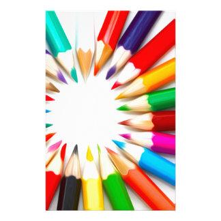 Lápices del color papelería de diseño
