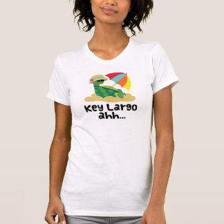 Largo dominante (tortuga en la playa) camisas