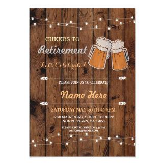 Las alegrías a las cervezas de madera del fiesta invitación 12,7 x 17,8 cm