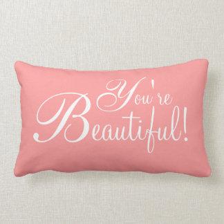 ¡Las almohadas - afirmación usted es hermoso!