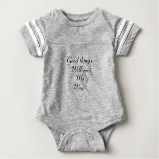 Las buenas cosas vendrán mi manera body para bebé