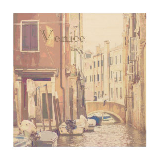 Las calles traseras del estilo del poster del impresión en madera
