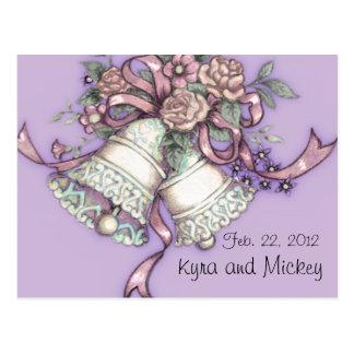 las campanas de boda ahorran la postal de la fecha