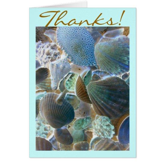 Las cáscaras de la playa le agradecen cardar tarjeta de felicitación