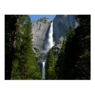 Las cataratas de Yosemite II del parque nacional Postal
