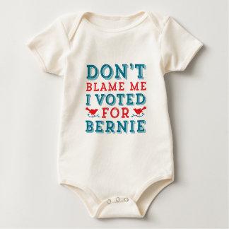 Las chorreadoras de Bernie no me culpan camiseta