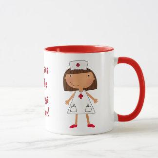 Las enfermeras hacen cosas mejores taza
