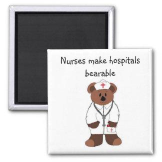 Las enfermeras hacen hospitales soportables… imán cuadrado