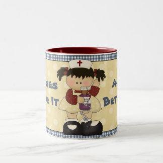 Las enfermeras le hacen toda la mejor taza de café