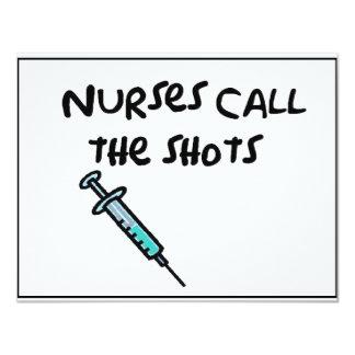 Las enfermeras llaman los tiros invitación 10,8 x 13,9 cm