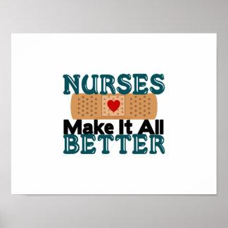 Las enfermeras lo hacen todo mejor póster