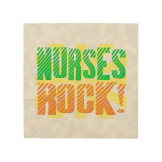Las enfermeras oscilan, enfermera anaranjada/verde cuadro de madera