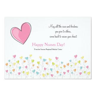 Las enfermeras son llenas de corazón invitación 12,7 x 17,8 cm