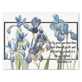 Las flores azules del iris ahorraron el papel seda
