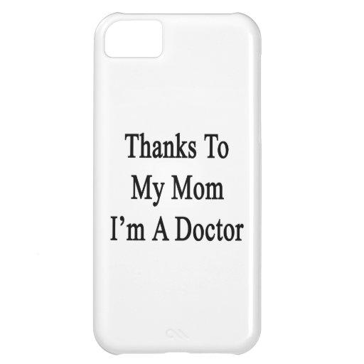 Las gracias a mi mamá soy doctor