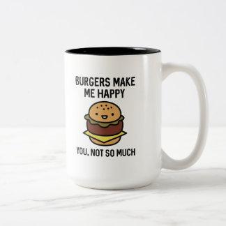 Las hamburguesas me hacen feliz taza de café de dos colores