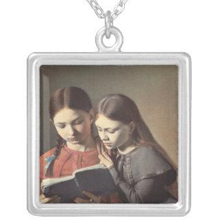 Las hermanas Signe y Enriqueta del artista Colgante Cuadrado