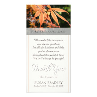 Las hojas en condolencia del otoño le agradecen tarjetas con fotos personalizadas