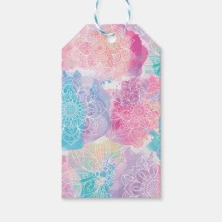 Las mandalas de la acuarela coloridas salpican etiquetas para regalos