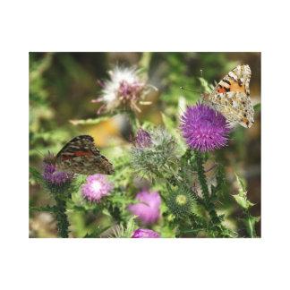 Las mariposas en la foto de las flores escogen la impresión en lienzo