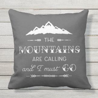 Las montañas están llamando la almohada de tiro