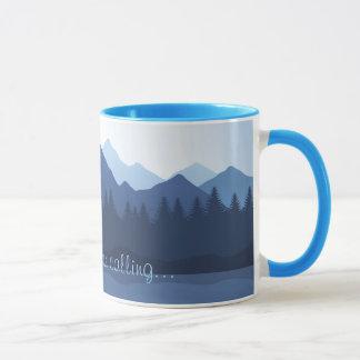 Las montañas están llamando la taza de café del