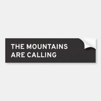 Las montañas están llamando pegatina para coche