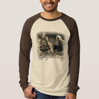 las mujeres gitanas emplumaron, los vaqueros camiseta