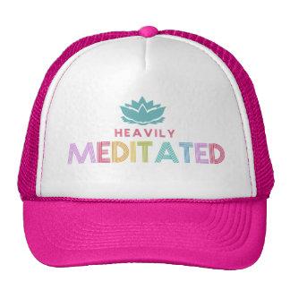Las mujeres Meditates pesadamente yoga de la flor Gorros Bordados