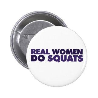 Las mujeres reales hacen las posiciones en cuclill chapa redonda de 5 cm