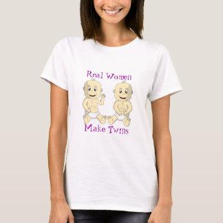 Las mujeres reales hacen los gemelos la camisa