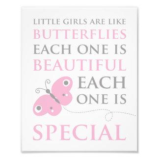Las niñas son como la impresión rosada de la foto