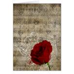 Las notas hermosas de la música del rosa rojo remo tarjetón