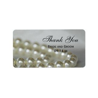 Las perlas blancas del boda le agradecen favorecer etiquetas de dirección