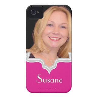 Las rosas fuertes enmarcan la plantilla femenina carcasa para iPhone 4 de Case-Mate