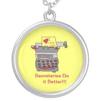 Las secretarias mejora el collar