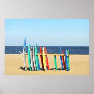 Las tablas hawaianas en la playa en Asbury parquea Póster
