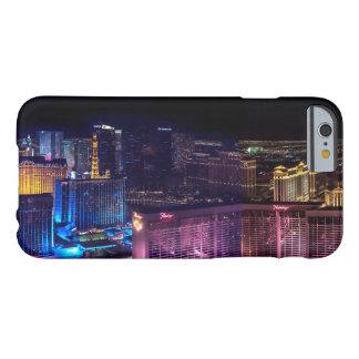 Las Vegas en el caso del iPhone del horizonte de Funda Barely There iPhone 6