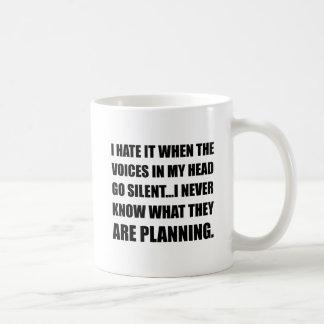 Las voces van planeamiento silencioso taza de café
