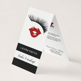 Latigazo de las extensiones de la pestaña y tarjeta de visita