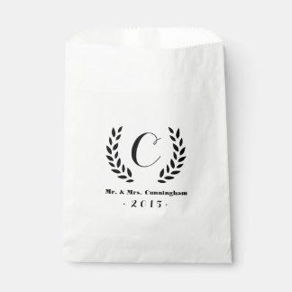 Laurel del monograma del boda bolsa de papel